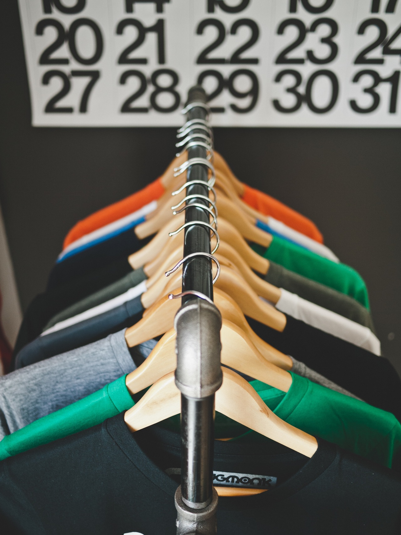 fashion-clothes-hanger-clothes-rack-clothing (1)