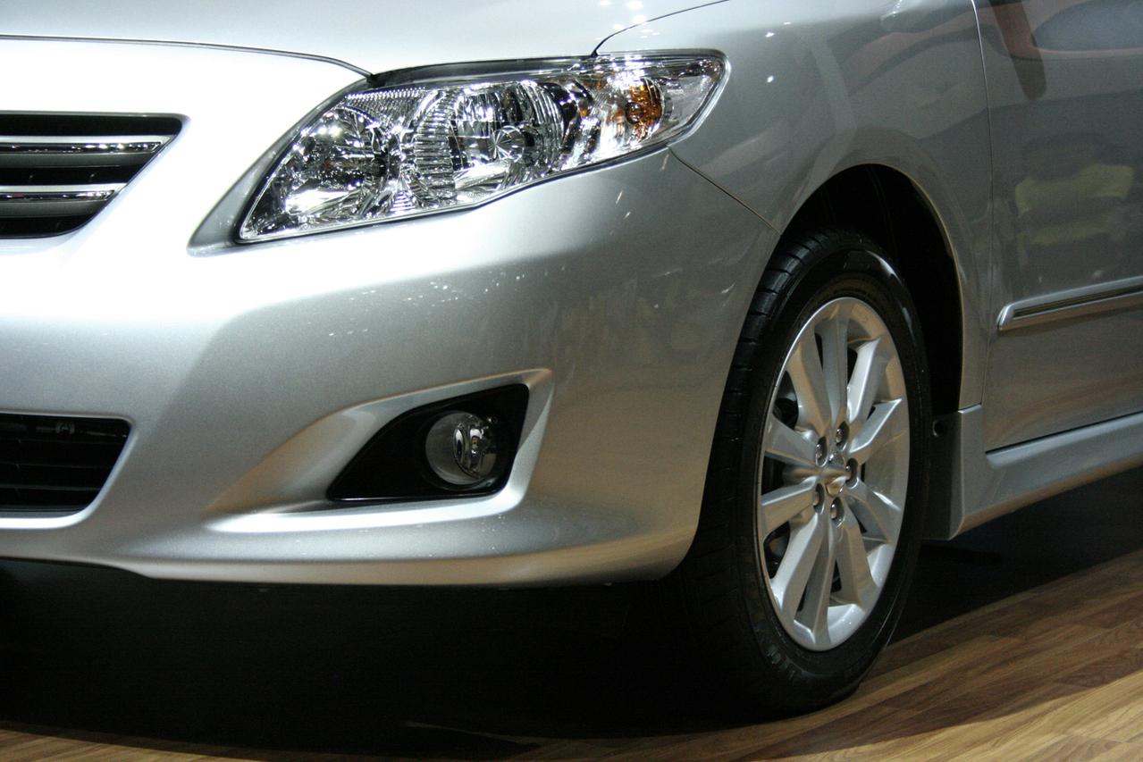 car-1170378-1279x852